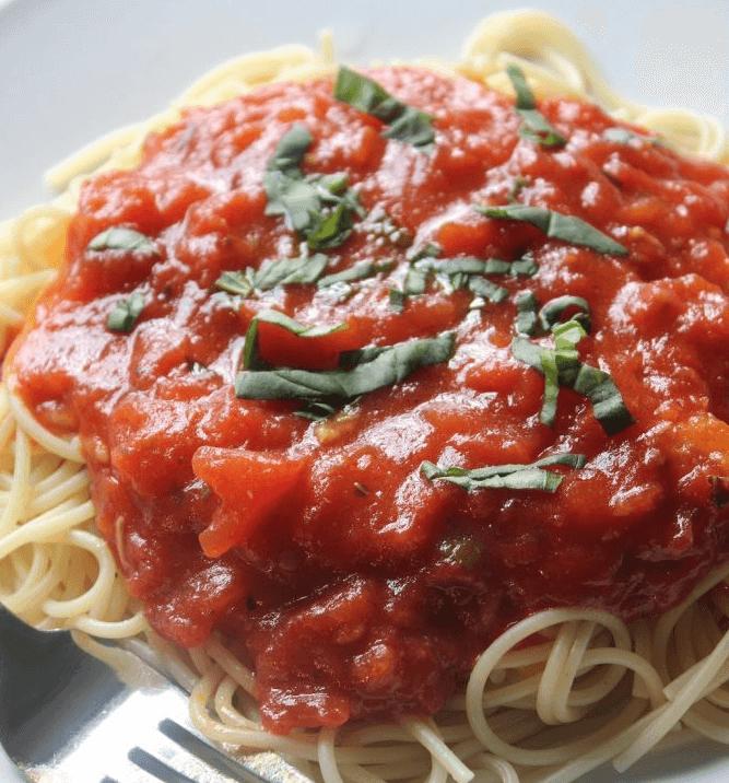 Gwyneth-Paltrow-Spaghetti-Sauce