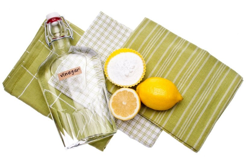 This easy vinegar cleaner recipe is perfect for natural household cleaning!